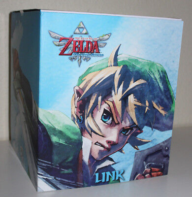 """New LINK Statue 10"""" The Legend of Zelda SKYWARD SWORD First 4 Figures Dark Horse, used for sale  Shipping to Canada"""
