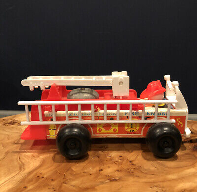 Vintage 1970's Fisher Price Little People Fire Truck #720