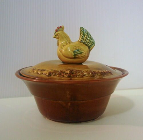 CALIFORNIA POTTERY USA Rare Covered Casserole Dish Lidded Hen Chicken Bowl