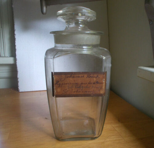 1880 TAPERED SQUARE APOTHECARY DRUGSTORE JAR WITH ORIGINAL STOPPER & LABEL
