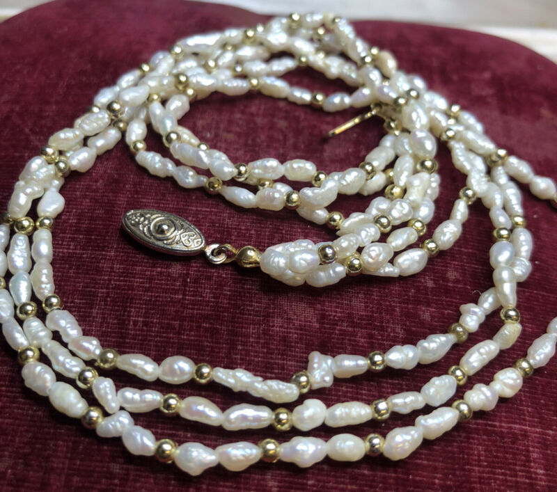 Vintage Jewellery Lovely Triple Stranded Real Freshwater Pearl Necklace