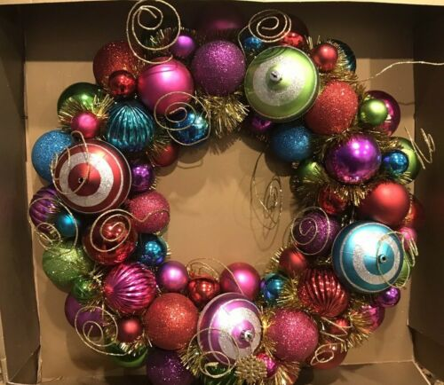 """Pier 1 Imports 18"""" Christmas (Holiday) Wreath Retired"""