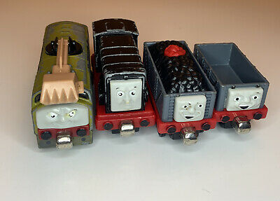 Thomas the Train & Friends Metal: 2 TROUBLESOME TRUCK, DIESEL, And Diesel 10.