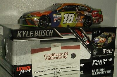 2017 KYLE BUSCH #18 M&MS HALLOWEEN AUTOGRAPHED 1/24 CAR#506/613 W/COA MUST HAVE
