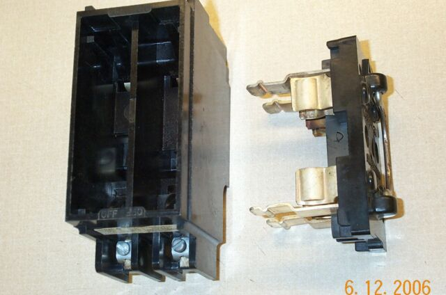 ge trc230 fuse block and pullout holder 30 amp trc 230 ge trc230 trc 230 fuse block and pullout fuse holder 230volt 30amp