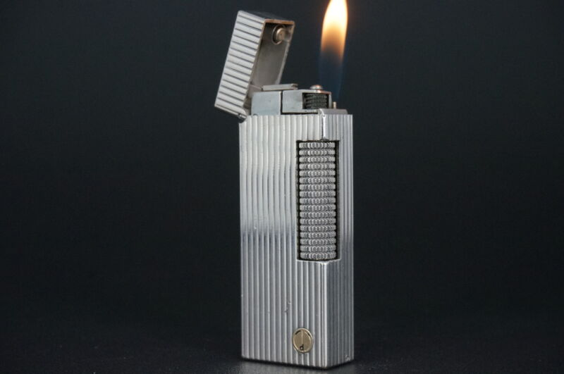 Dunhill Rollagas Lighter  Fine Lines Silver plated Working #W32