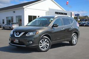 2014 Nissan Rogue SL AWD | LEATHER | SUNROOF | NAV