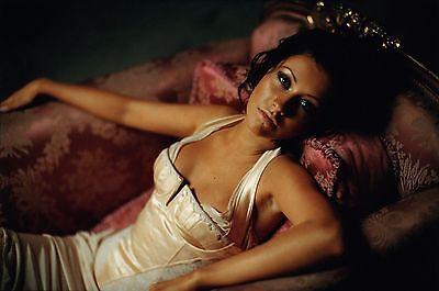 Christina Aguilera Unsigned 8x12 Photo (53)