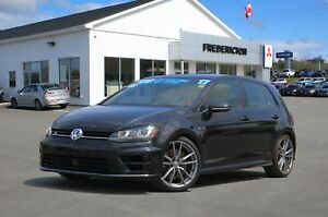 2017 Volkswagen Golf R 2.0 TSI AWD | REDUCED | LEATHER | NAREDUC