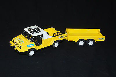 Playmobil großer gelber Safari Jeep mit Anhänger