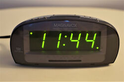 Magnavox Big Display Clock Radio AM/FM Dual Alarm Model MCR140/17