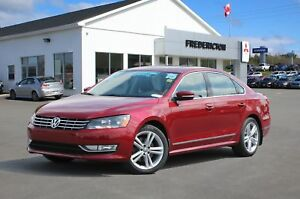 2015 Volkswagen Passat 1.8 TSI Highline REDUCED | HEATED LEAT...