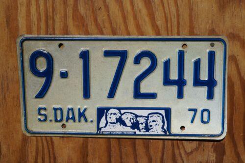 1970 South Dakota Mt Rushmore Memorial License Plate