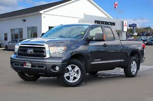 2013 Toyota Tundra SR5 5.7L V8 4X4 | 5.7L | LOADED | POWER SEATS