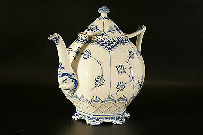 Royal Copenhagen Blue Fluted Full Lace Gargoyle Teapot #1119