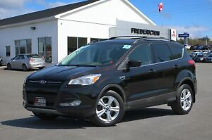 2013 Ford Escape SE FWD | HEATED SEATS | NAV | SUNROOF