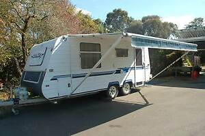 2002 Royal Flair dual axle caravan Moe Latrobe Valley Preview