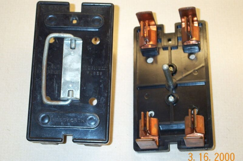 WADSWORTH 100AMP 8056 FUSE PULLOUT FUSE HOLDER