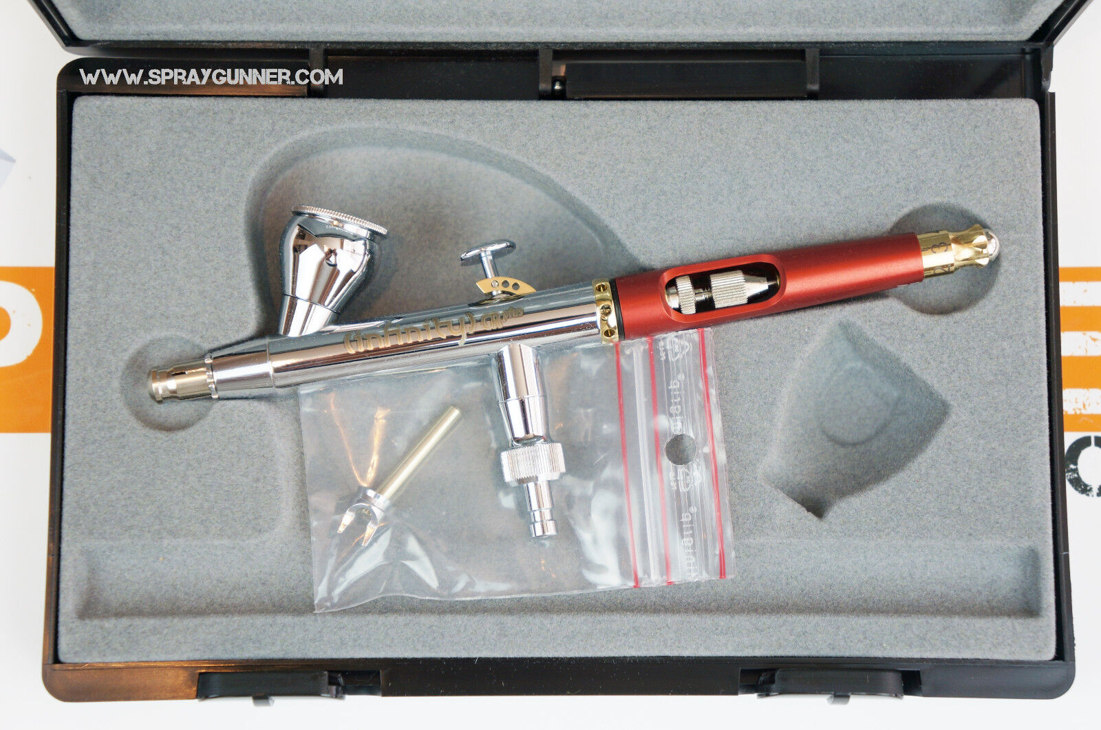 Harder /& Steenbeck Infinity CR Plus 0.2mm Airbrush  with Cleaning Brush Set