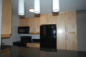 Beautiful  2 Bedroom, 1 Bath , Tower Apart. ! Avail May