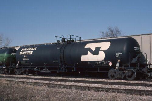 N: Original Slide BN Burlington Northern Diesel Fuel Tankcar #875066 in 1992