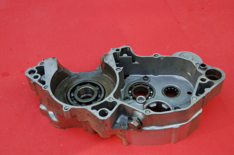 Details about 1996 YAMAHA YZ250 RIGHT ENGINE MOTOR CRANK CASE BLOCK HALF  2VM-15121-03-00