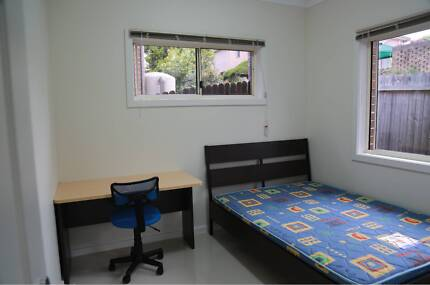 Room(s) for rent in Eastwood(Great for students or anybody)