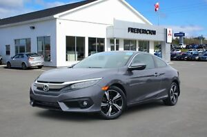 2016 Honda Civic Touring REDUCED | HEATED LEATHER | NAV | BAC...