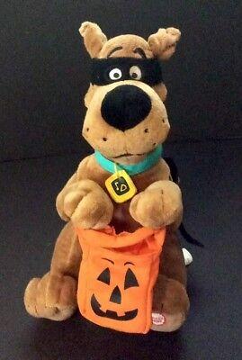 Hallmark 2008 Talking Scooby Doo Halloween Techno Plush](Halloween Techno)