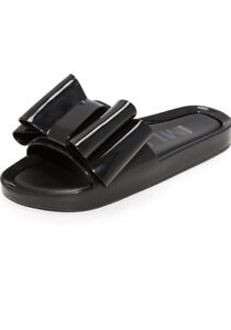 Melissa Beach Slide Bow