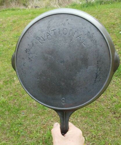 Vintage National Star No. 8 Cast Iron Skillet Restored