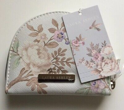 Laura Ashley Belvedere Manicure Set, Gorgeous Gift, Brand New