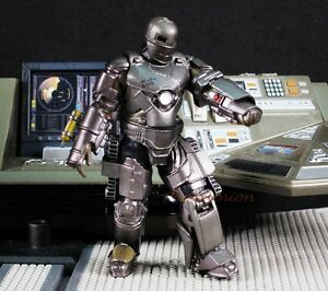 Kaiyodo-Capsule-Q-Figure-IRON-MAN-Mark-I-1-Tony-Stark-Japan-Marvel-A601