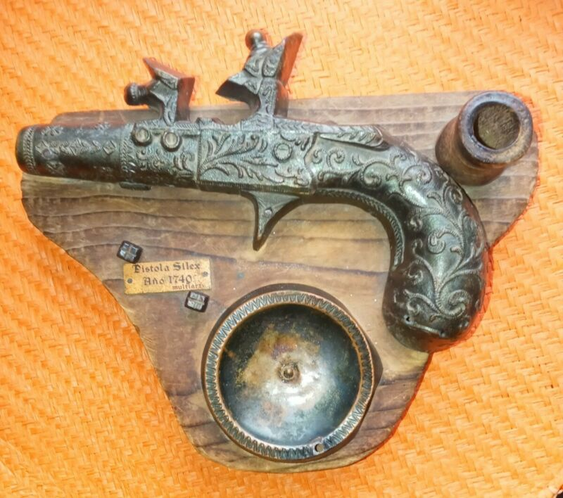 Pistola Silex Ano 1740 Pistol Replica Vintage Decor Metal on Wood