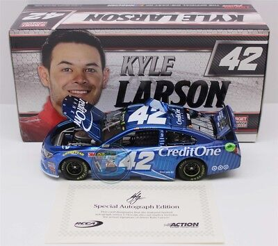 2017 Kyle Larson  42 Credit One Bank 1 24 Autographed Liquid Color 48 Made