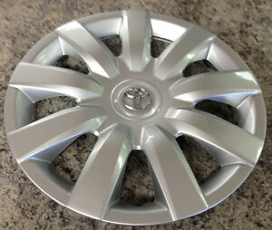 15 034 wheel cover hubcap wheelcover for 2004 2006 toyota camry ebay. Black Bedroom Furniture Sets. Home Design Ideas