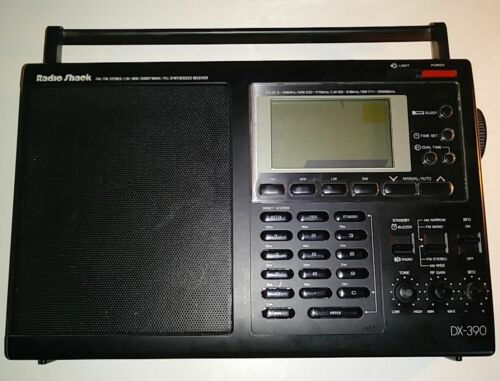 RADIO SHACK DX-390 AM/FM SHORTWAVE WORLD BAND PORTABLE RADIO RECEIVER ATS-818