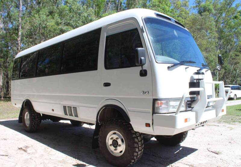 56299493ce Toyota Coaster 4x4 Tourbus or Motorhome