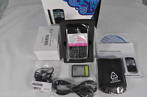NEW BLACKBERRY 8900 CURVE BLACK UNLOCKED GPS WIFI AT&T T-MOBILE GSM