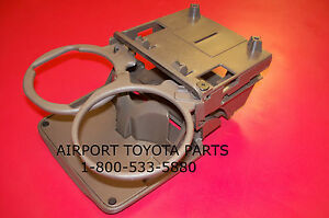 toyota camry rear cup holder oak tan 1997 to 2001 ebay. Black Bedroom Furniture Sets. Home Design Ideas