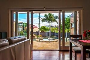 LOVELY BEDROOM - SWIMMING POOL - CLOSE TO THE CITY! East Brisbane Brisbane South East Preview
