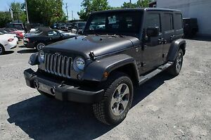 2017 Jeep WRANGLER UNLIMITED, 2 TOITS, GPS, SAHARA, REMORQUAGE,