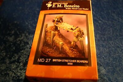 54MM  WORLD  WAR 1  F.M.BENEITO  BRITSH STRETCHER BEARERS WWI STOCK  # MD 27
