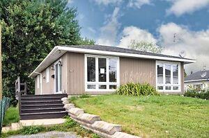 Maison - à vendre - Berthierville - 14770597