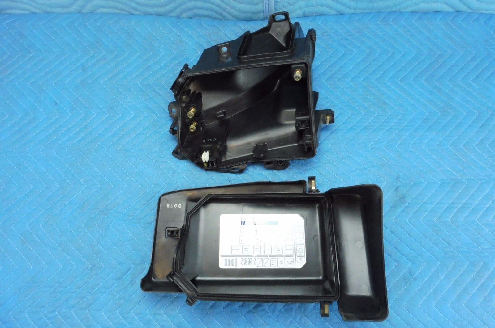 Used Lexus Electrical Parts For Sale Page 4 Ls 400 Fuse Box Relay 1998 2000 Ls400 2pc Set Oem