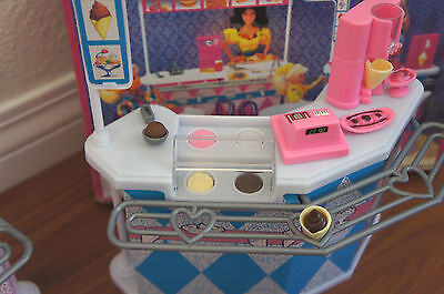 Good GLORIA Dollhouse FURNITURE SIZE FAST FOOD STAND W/ Cashier Playset FOR  BARBIE