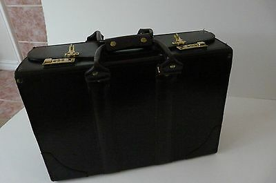 - NATIONAL LUGGAGE TOP GRAIN LEATHER DARK BROWN/BURGUNDY COLOR TRAVEL CASE CANADA