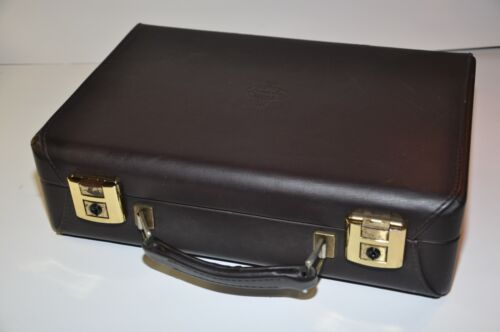 Buffet R13 attaché  clarinet CASE  only  clean  and excellent +++ condition