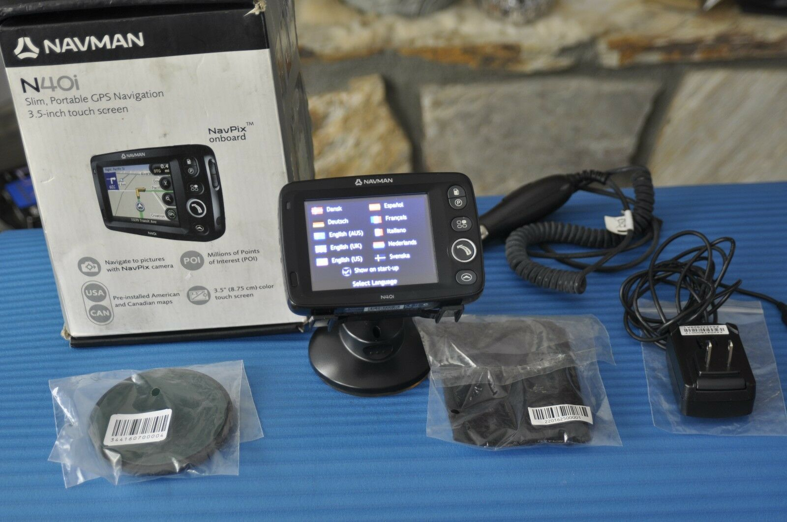 Navman N40i Slim Portable GPS Navigation System Unit with Box