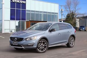2017 Volvo V60 Cross Country T5 AWD | FULL VOLVO WARRANTY TO...